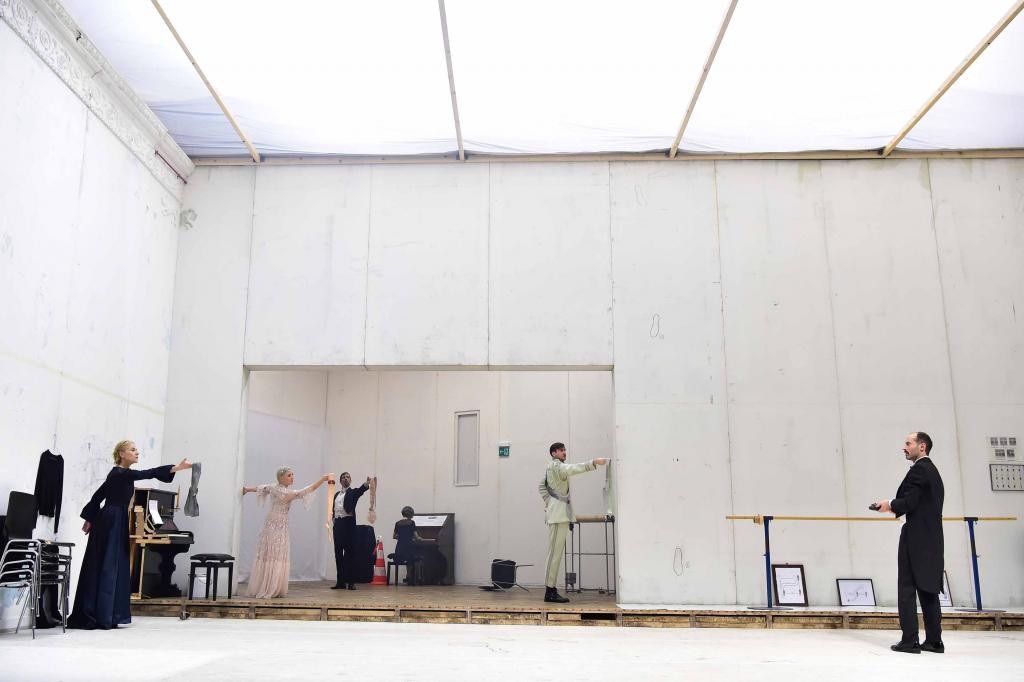Muziektheater op de grondtoon van 'Leonce und Lena'